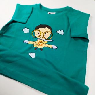 Ručne maľované detské zelené tričko CHLAPČEK v oblakoch