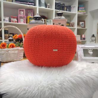 Puf - oranžová farba